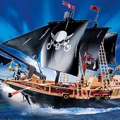 corabia-piratilor-playmobil